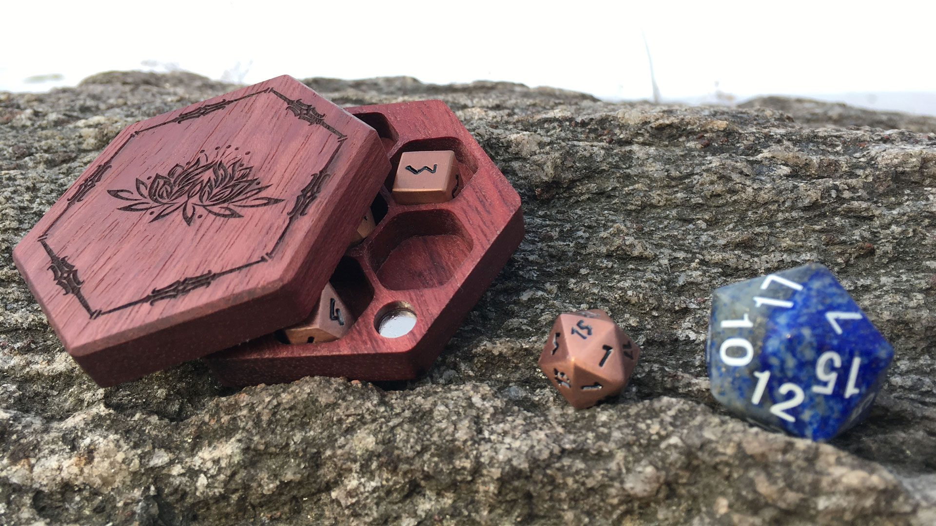 mini hex chest dice box width=